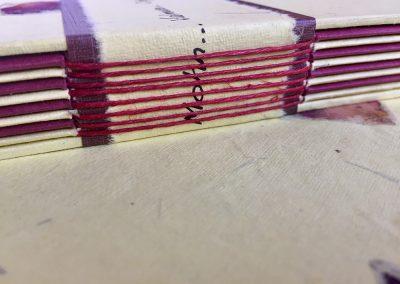 Encuadernación con nervios en el lomo y texto. Encargo personalizado